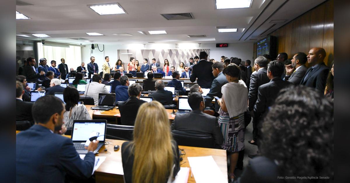 MP que combate fraudes no INSS é aprovada em comissão e segue para o Plenário